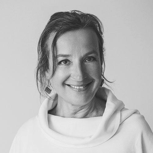 Sylvia Anita Gratz Senior Consultant